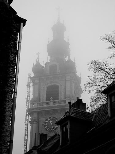 Campanario del Ayuntamiento de Mons