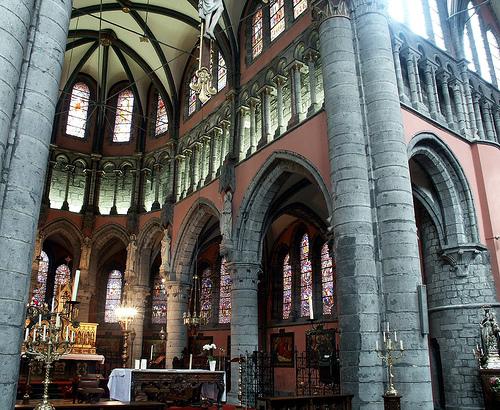 Interior de la Iglesia de Pamele