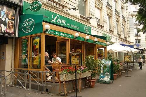 Chez León, mejillones con patatas fritas en Bruselas
