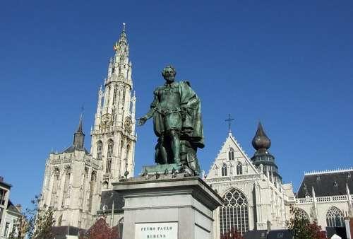Monumento a Rubens, en el corazón de Amberes