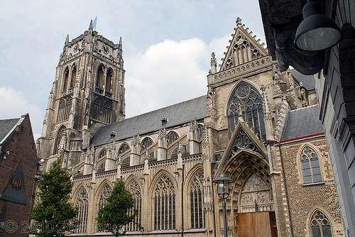 La Basílica de Nuestra Señora en Tongeren