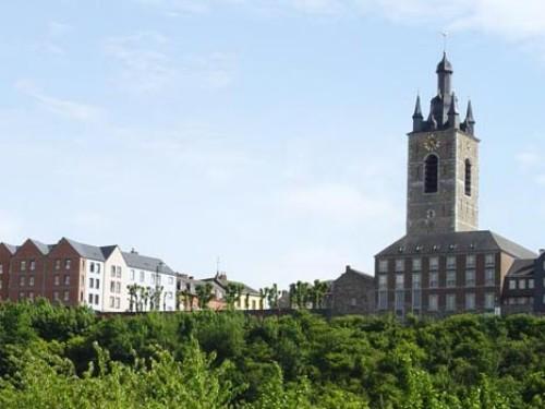 Beffroi de Thuin, su torre campanario