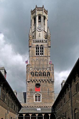 El Campanario de las Hallen, Belfort en Brujas