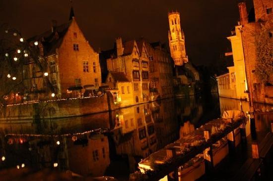 Una noche romántica en Brujas