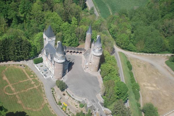 Castillo de Faulx les Tombes