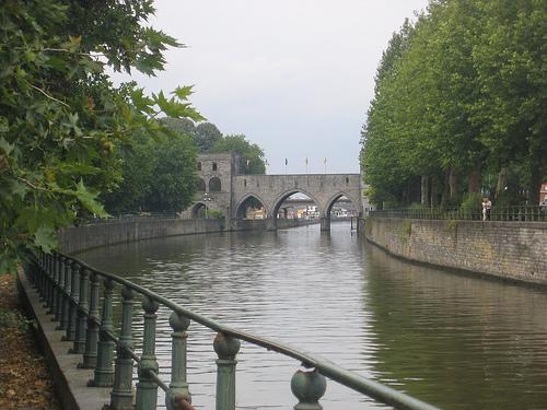 El río Escalda en Tournai