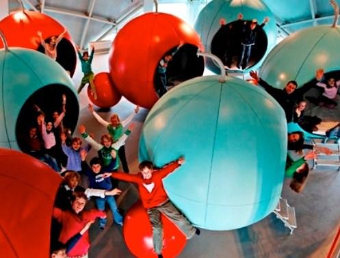 Las Esferas de los Niños, dormir en el Atomium