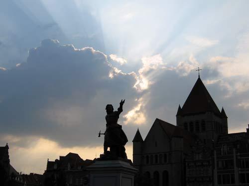 Estatuas en Tournai, arte en la calle