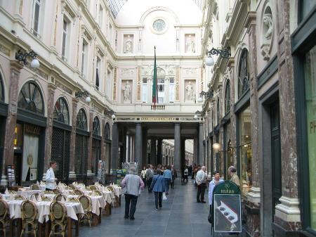 Galeria Saint Hubert, interior