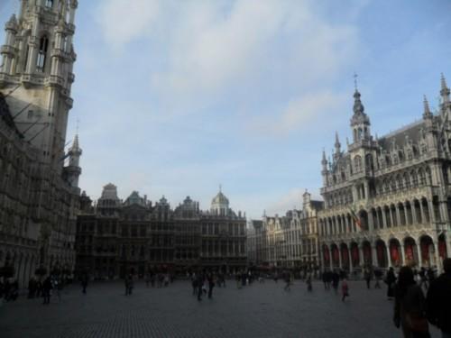 Tres días en Bruselas, Dinant y Namur