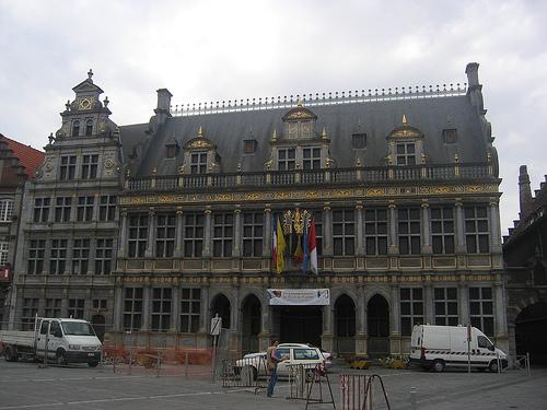 La Halle aux Draps de Tournai, salon de telas