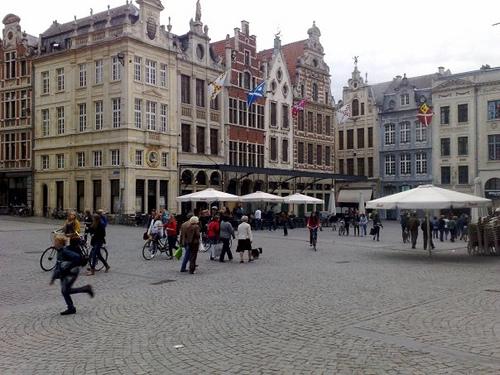 Se busca corresponsal de Flandes con Beca Erasmus