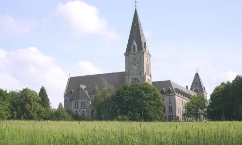 La belleza de Maredret y su abadía
