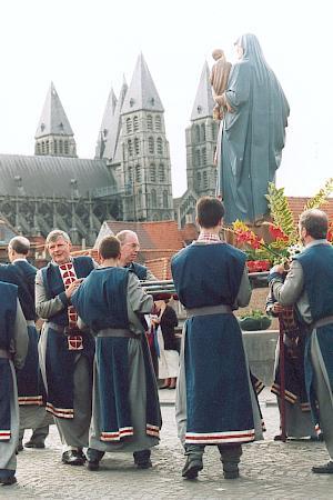 Gran Procesión de Tournai, historia y tradición