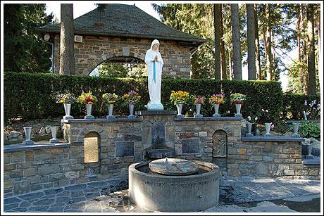 Virgen de Banneux